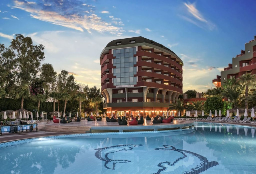Отель Delphin De Luxe Resort 5*